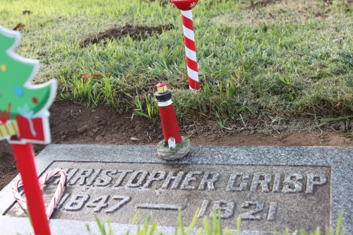 Christopher's grave lighthouse 2013